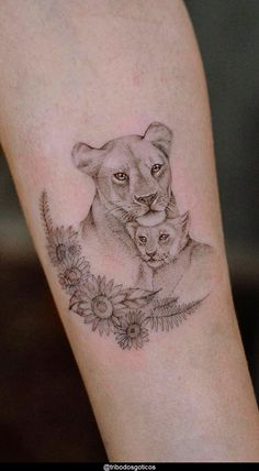 Mom Baby Tattoo, Mother And Baby Tattoo, Tattoo For Son, Tattoos For Daughters, Lioness And Cub Tattoo, Lion Cub Tattoo, Cubs Tattoo, Leo Lion Tattoos, Lioness Tattoo Design