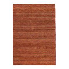 Dieser Orientteppich (B x L: ca. 120 x 180 cm)von ESPOSA verleiht dem Klassiker eine moderne Note: Die traditionellen Rottöne sowie die hochwertige Produktion von Hand wurden mit einem zeitgemäßen und dezenten Streifenmuster kombiniert. Weiche Naturfasern: Das Wohntextil besteht aus 80 % Baumwolle und 20 % Wolle. Dank der niedrigen Florhöhe von ca. 6 mm kommt das feine Muster des Teppichs optimal zur Geltung. Verschönern Sie Ihr Wohnzimmer oder sorgen Sie im Schlafzimmer