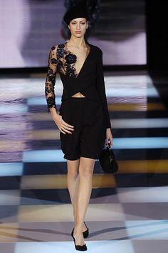 Giorgio Armani Fall 2005 Ready-to-Wear Fashion Show - Veronica Raucci Armani Collection, Fashion Show Collection, 00s Fashion, Giorgio Armani, Back To Black, Peplum Dress, Ready To Wear, Runway, Vogue