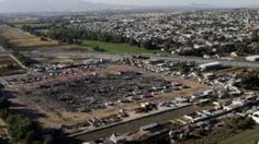 Image copyright                  Reuters                                                                          Image caption                                      Most of the market was burned to the ground and nearby houses were damaged                                Mexico's President Enrique Pena Nieto has promised to rebuild an open-air fireworks mark