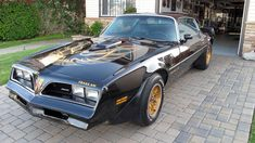 Screaming Survivor: 1977 Pontiac Trans Am - http://barnfinds.com/1977-pontiac-trans-am-survivor/