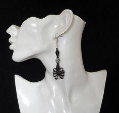 Zwarte oorbellen / Spiraal oorbellen  150