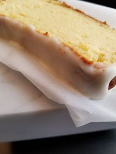 Lemon Cream Cheese Pound Cake - Low Carb, Gluten Free Moist and Delicious! Only 3.6 net carbs per serving.