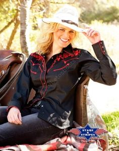 Corbeto's Boots | 50-KATY Black | Camisa western negra Stars & Stripes para mujer con flores bordadas | Stars & Stripes ladies red flowers embroidery western shirt.