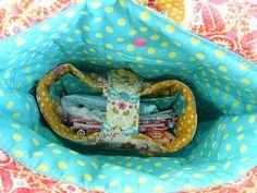 """Ein """"Ordnungshüter"""" - quasi eine Tasche für die Tasche. Wer so viele Taschen hat.... - frau liebstes"""