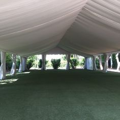 Carpa nupcial con dobles techos