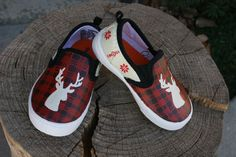 These are hand painted Christmas shoes. The perfect addition to any Christmas outfit. Shoes are slip on canvas shoes. Painted with high quality fabric paints, and sealed to protect art. Baby/Toddler sizes US Child/Youth Sizes US Womens Sizes US Custom Painted Shoes, Hand Painted Shoes, Christmas Shoes, Rustic Christmas, Baseball Shoes, Stag Head, Lit Shoes, Vans, Slip On