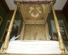 The bed of Queen Charlotte, wife of George III, who died in 1818 at Kew Palace Lucy Worsley, Royal Bedroom, British Monarchy, Late Nights, Night Life, Documentaries, History, Poster Beds, Pelmets