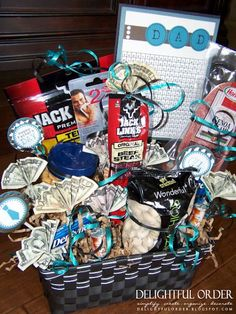 Homemade gift basket for the guy in your life.   Fill a basket with man-loved snacks and money! It seriously doesn't get any better than food and money for a guy! Well you could throw in some lingerie to make it ppuurrrffeeecccccttt!!! #For #Dad