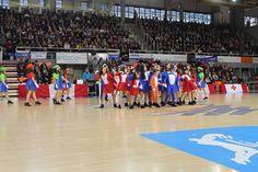 XIV Muestra de baile de Salón de Cruz Roja a beneficio de los enfermos de alzheimer celebrada el 19 de febrero en el Pabellón Municipal Fernando Martín.