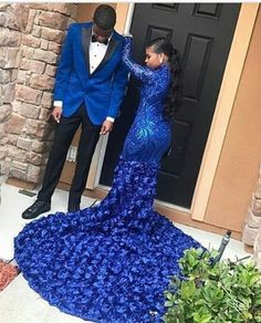 Post-happy,instalove-Bluetifulllll queendaz So gorgeous 😍😍 bestday happy instalove joy photography photooftheday picoftheday wedding wedd Black Girl Prom Dresses, Cute Prom Dresses, Prom Outfits, Beautiful Prom Dresses, Homecoming Dresses, Girls Dresses, Men's Tuxedo Wedding, Prom Couples, Prom Goals