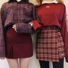 Korean Fashion – How to Dress up Korean Style – Designer Fashion Tips Red Fashion, Cute Fashion, Asian Fashion, Fashion Outfits, Fashion Ideas, Style Fashion, Fashion Couple, Fashion Photo, Dress Outfits