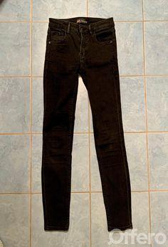 Offero - Inzeruj lepšie Black Jeans, Slim, Pants, Fashion, Trouser Pants, Moda, Fashion Styles, Black Denim Jeans, Women's Pants