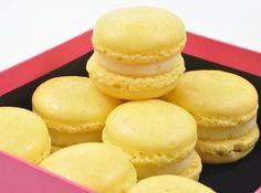 Lemon Curd Macarons Recipe