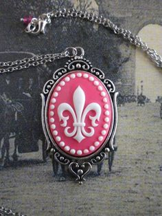 Margerite fleur de lis Pendant by TheQuietbee on Etsy, $18.50