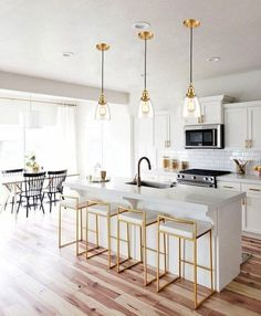 Modern Farmhouse Kitchens, Cool Kitchens, Modern White Kitchens, Farmhouse Style, White Contemporary Kitchen, Farmhouse Sinks, Transitional Kitchen, Small Kitchens, Kitchen Modern