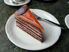 Hungarian Dessert Dobos Torte