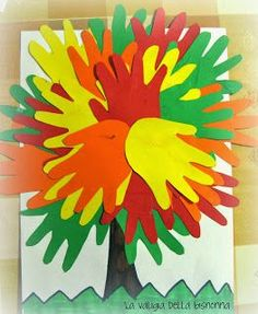 La valigia della bisnonna: ALBERO AUTUNNALE / Autumn tree Crafts To Do, Fall Crafts, Crafts For Kids, Arts And Crafts, Paper Crafts, Leaf Projects, Projects To Try, Kindergarten Gifts, Letter A Crafts