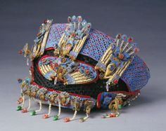 Chinese Empress' festive headdress : Guangxu period (1875-1908 )
