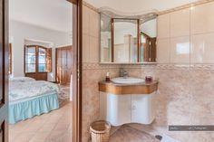 Estos tips son lo mejor  Baños pequeños – 6 trucos grandísimos #baños #bañospequeños