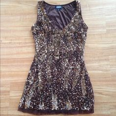 Adrianna  Papell Dress In good condition missing some sequins not noticeable.True at size Adrianna Papell Dresses Mini