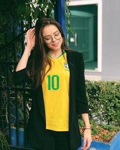 Go Brazil, Game, T Shirt, Jackets, Style, Fashion, Brazilian Women, Breakfast Nook, Hs Football