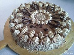 Recept Ořechový dort s kávovým krémem - Ořechový dort s kávovým krémem...