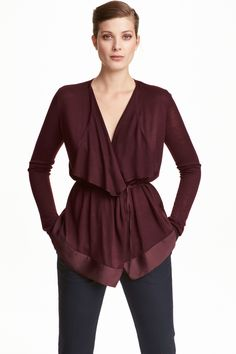 Draped cardigan: Cardigan in a soft, fine knit with draped lapels, a narrow tie…