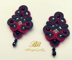 Long, elegant soutache earrings, grey and pink braids, black fire polish beads.