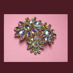 Let's Get Vintage - SHERMAN JEWELRY - Fabulous three flower brooch. Signed SHERMAN - Vintage Costume Jewelry