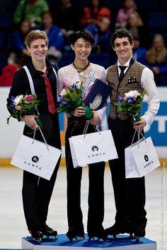 Yuzuru Hanyu, Javier Fernandez, Richard Dornbush | Men Podium Finlandia Trophy 2012 Espoo 2012-10-06
