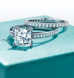 One of our engagement icons, Tiffany Grace® highlights the perfect symmetry of a princess-cut diamond.