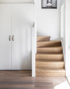 Carpet Runners For Stairs Uk Info: 5932312465 Stairway To Heaven, Simple Geometric Pattern, Sisal Carpet, Wood Steps, Carpet Trends, Carpet Ideas, Basement Renovations, Carpet Stairs, Carpet Colors