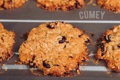 Luego de que mezcles todos los ingredientes de las #Galletas con el NUEVO Mix de #Cereales #CUMEY: debes llevar la mezcla a la nevera por 30 minutos antes de ir al horno.  Puro sabor de la naturaleza, para ¡gente real!. . #tasty #cereal #desayuno #happy #avena #recetas  . Un producto con el sello @pronalce Cookies, Breakfast, Desserts, Food, Grains, Fridge Cooler, Oven, Crack Crackers, Essen