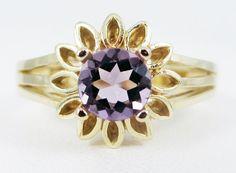 Amethyst round cut Gold Ring
