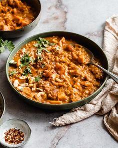 Sweet Potato Lentil Curry, Sweet Potato Kale, Sweet Potato Recipes, Curry Recipes, Red Lentil Recipes, Vegetarian Recipes, Healthy Recipes, Whole Food Recipes, Essen