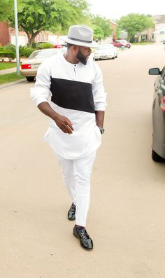 Men's African Wear White with Black Embroidery par SuccesSexy
