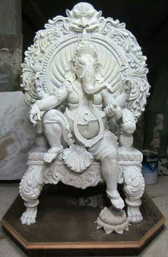 This is a magnificent Ganesh. Usually he is depicted all chubby and jolly--this is the powerful remover of obstacles! Ganesha Painting, Ganesha Art, Lord Ganesha, Ganesha Pictures, Ganesh Images, Indian Gods, Indian Art, Statues, Ganesh Idol