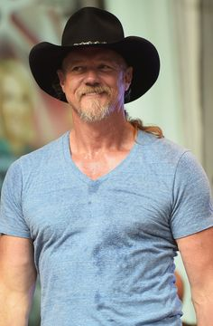 Trace Adkins Pictures - Trace Adkins Performs in NYC - Zimbio