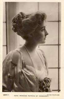 1800's women's hair