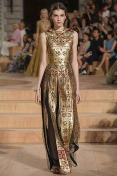 Best of Paris Haute Couture Week Fall/Winter 2015 Valentino via Fashion TV Facebook
