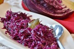 My perfect Christmas Dinner - Sides - recipes for braised Red Cabbage, Brussel Sprouts and of course my Christmas Cranberry Sauce. Braised Red Cabbage, Sauteed Cabbage, Christmas Dinner Sides, Beef Roll, Spicy Dishes, Homemade Applesauce, Cabbage Recipes, Thanksgiving Recipes, Superfood