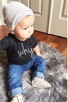 Baby boy baby girl toddler clothes fashion | why tshirt beanie | childrens kids photography indoor inspiration | fall fashion clothes | baby toddler outfit ideas