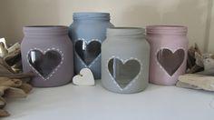 Cute Mason Jar Craft Ideas (Sweet and Simple) - Going To Tehran Mason Jar Gifts, Mason Jar Diy, Baby Food Jar Crafts, Decorated Jars, Diy Décoration, Bottle Painting, Wine Bottle Crafts, Diy Gifts, Diy And Crafts