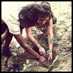 21st-Century Projects Inspire Global Citizenship Plus Creativity | Edutopia http://www.edutopia.org/blog/pbl-projects-global-education-haiti-suzie-boss