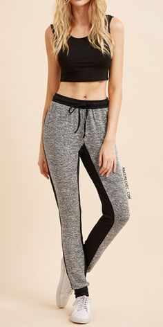 Online shopping for Contrast Marled Knit Drawstring Sweat Pants from a great selection of women's fashion clothing & more at MakeMeChic. Sporty Look, Sporty Style, Sporty Outfits, Cute Outfits, Oufits Casual, Athletic Looks, Wattpad, Boys Pajamas, Sport Fashion