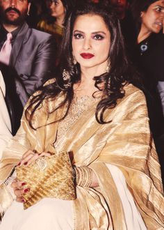 Rekha, who keeps growing more beautiful