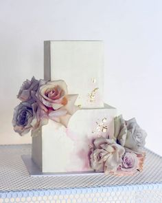 Clean sharp lines and muted pastel color with gold accents - wedding cake design by Square Wedding Cakes, Square Cakes, Unique Wedding Cakes, Wedding Cakes With Flowers, Beautiful Wedding Cakes, Gorgeous Cakes, Wedding Cake Designs, Wedding Cake Toppers, Cake With Flowers