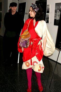 Björk and Matthew Barney, Martina Mcbride, Louise Brooks, Dragon, Mariah Carey, Fashion Art, Street Fashion, Celebrity Photos, Lady In Red, Style Icons