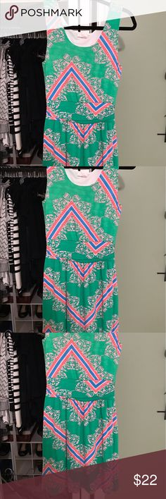 Size small dress Great for summer. Knit and lined. NWOT Dresses